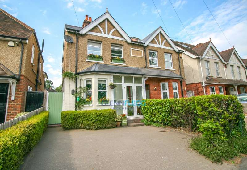 2 Bedrooms Semi Detached House for sale in Park Road, Farnham Royal - OPEN HOUSE Saturday 23th June 13:00 - 14:00 - NO CHAIN