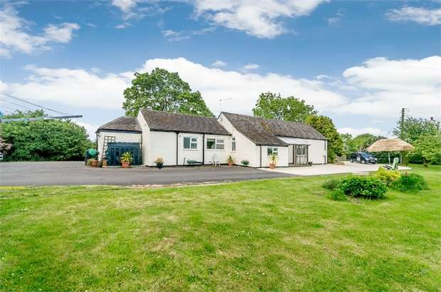 3 Bedrooms Detached Bungalow for sale in Trader Bank, Sibsey, Boston, Lincolnshire