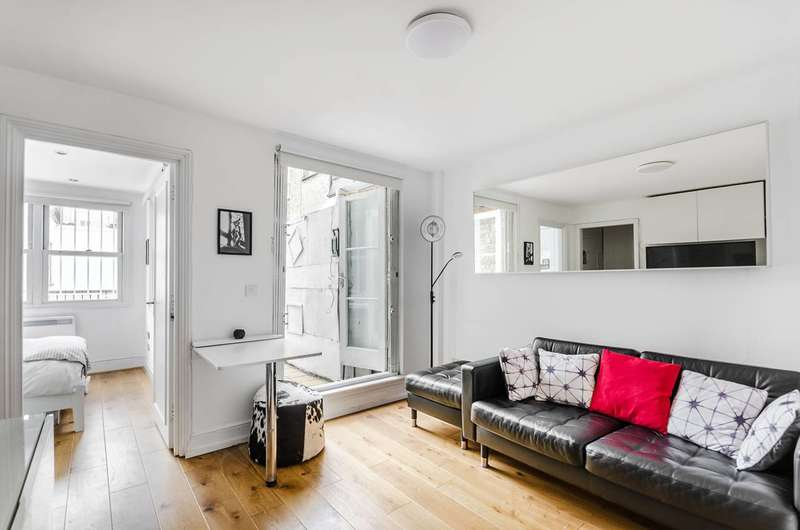 1 Bedroom Flat for sale in Bateman Street, Soho, W1D