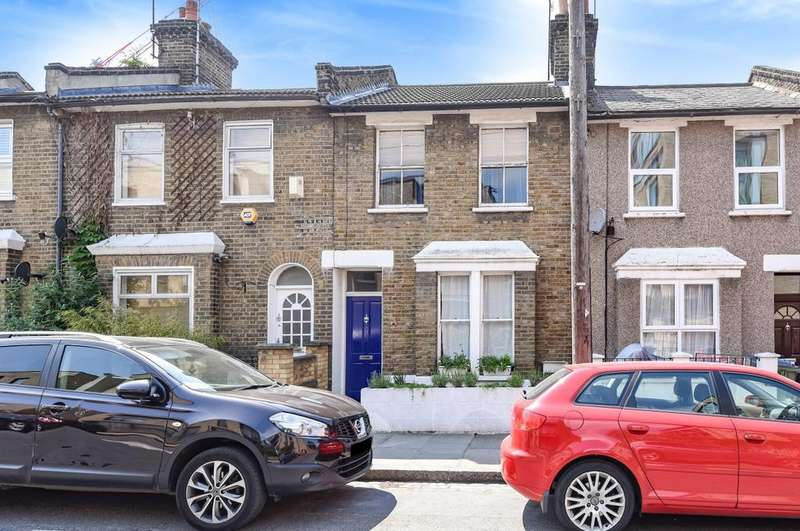 3 Bedrooms Terraced House for sale in Calvert Road London SE10