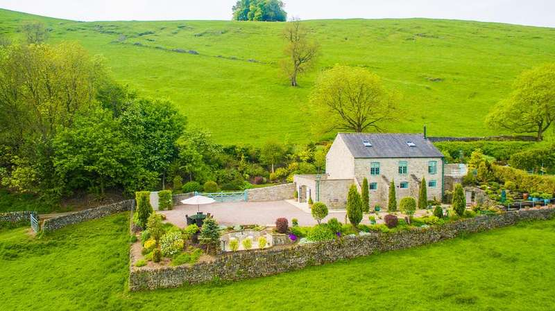 3 Bedrooms Detached House for sale in Pindale Road, Castleton, Hope Valley