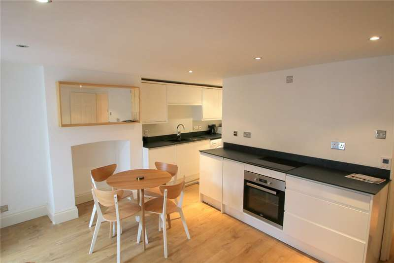 2 Bedrooms Flat for sale in Dean Lane Bedminster Bristol BS3