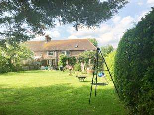 3 Bedrooms Semi Detached House for sale in Lewes Road, Ringmer, Lewes, East Sussex