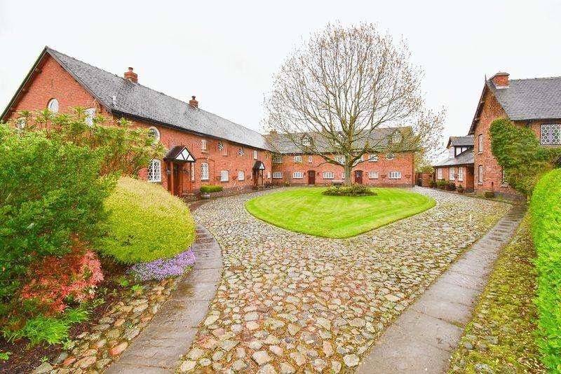 3 Bedrooms House for sale in The Courtyard, Hall Lane, Haughton, Tarporley