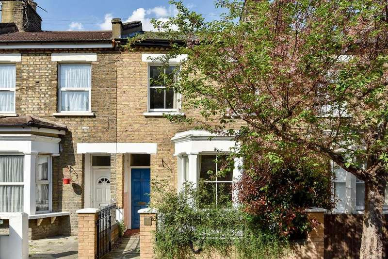 3 Bedrooms Terraced House for sale in Colls Road, Peckham