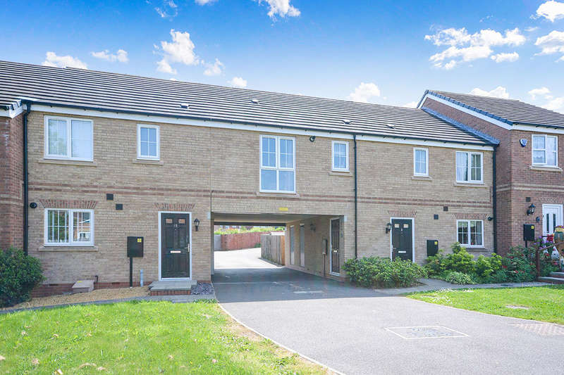 2 Bedrooms Flat for sale in Chestnut Drive, Hollingwood, Chesterfield, S43