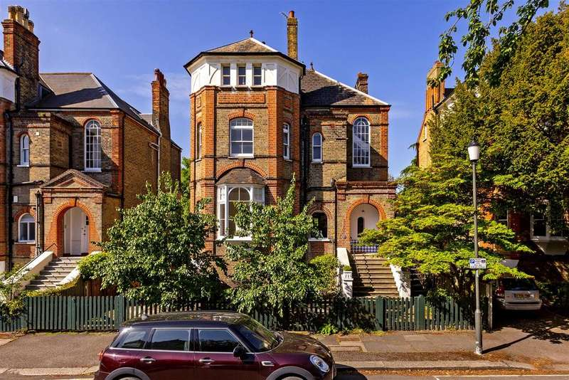 2 Bedrooms Flat for sale in Berkeley Place, Wimbledon