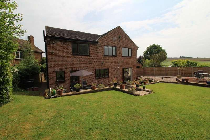 5 Bedrooms Detached House for sale in Springfield, Kegworth