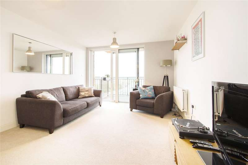 2 Bedrooms Flat for sale in Gaumont Tower, Dalston Square, E8