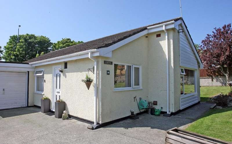 3 Bedrooms Detached Bungalow for sale in Gongl Y Rhedyn Estate, Cemaes Bay, North Wales