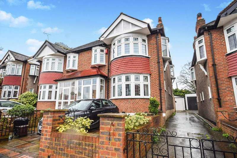 3 Bedrooms House for sale in Linkway, Raynes Park