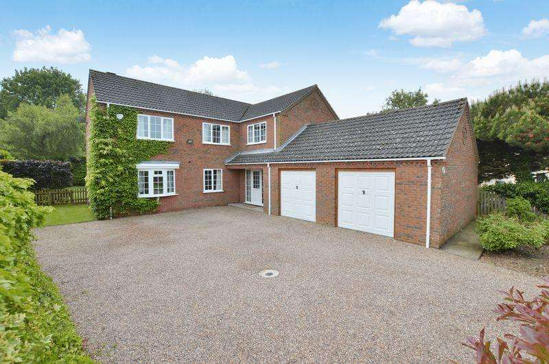 4 Bedrooms Detached House for sale in Pingle View, Tumby Road, Coningsby