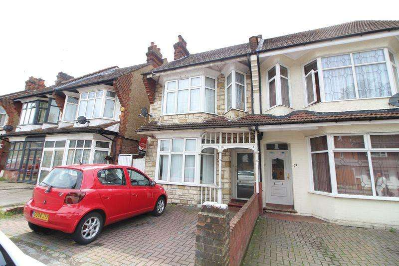4 Bedrooms Semi Detached House for sale in Large Family Home or Potential HMO on Biscot Road, Luton
