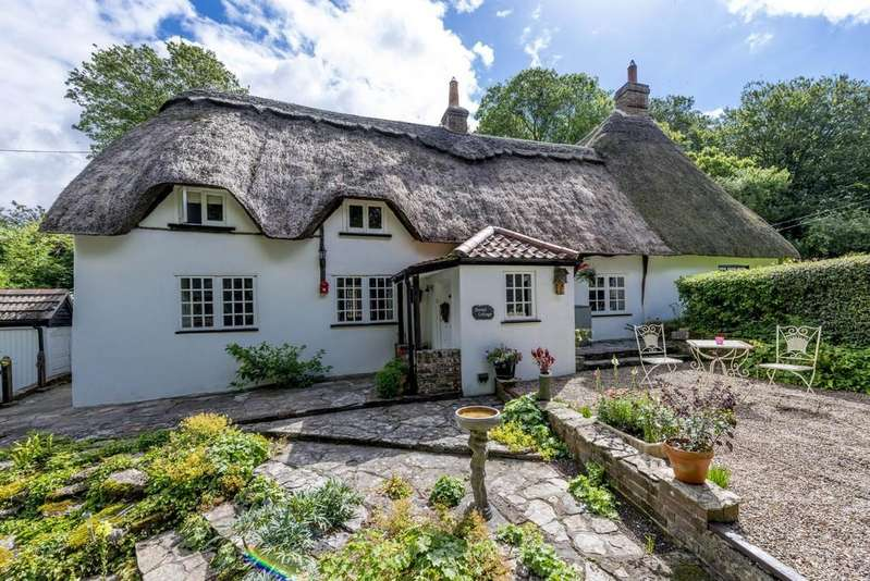 4 Bedrooms Cottage House for sale in Tarrant Rushton, Blandford Forum