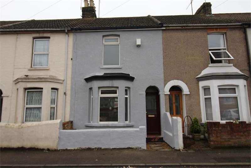 2 Bedrooms Terraced House for sale in Cross Street, Gillingham, Kent. ME7 1LB