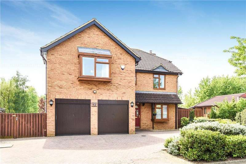5 Bedrooms Detached House for sale in Selworthy, Furzton, Milton Keynes, Buckinghamshire