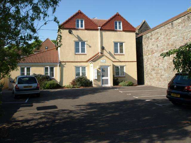 1 Bedroom Apartment Flat for sale in The Willows, Staple Hill, Bristol, BS16 5QX
