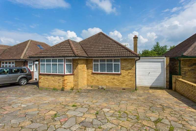2 Bedrooms Detached Bungalow for sale in Penn Avenue, Chesham