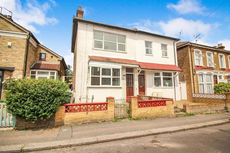 3 Bedrooms Semi Detached House for sale in Maynard Road, London