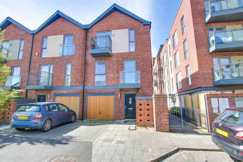 3 Bedrooms End Of Terrace House for sale in Vosper Road, Woolston