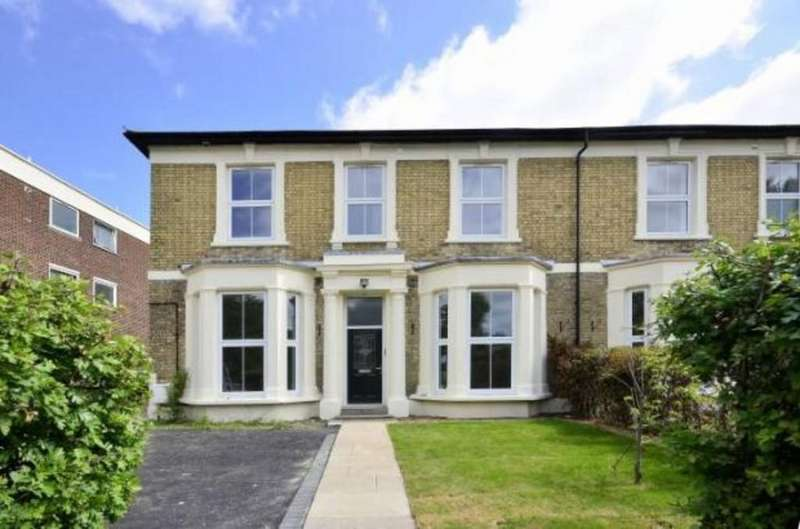 4 Bedrooms Semi Detached House for sale in Alexandra Grove, West Finchley, N12