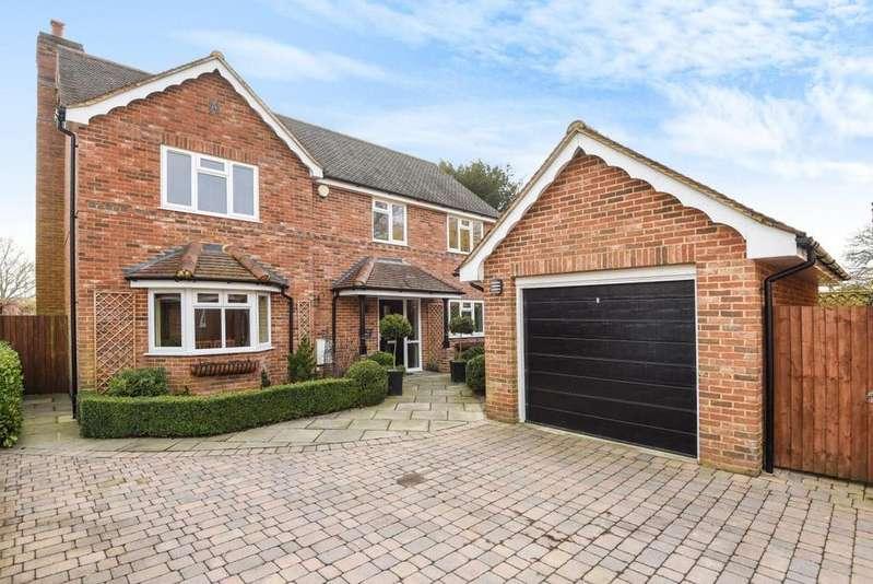 4 Bedrooms Detached House for sale in Pitfield Lane, Mortimer, RG7