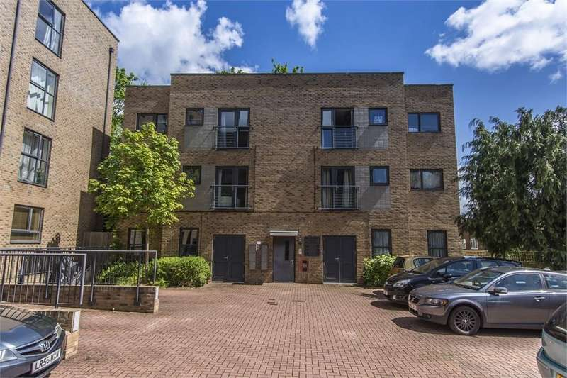 1 Bedroom Flat for sale in Marston Road, Thornhill, Southampton, Hampshire