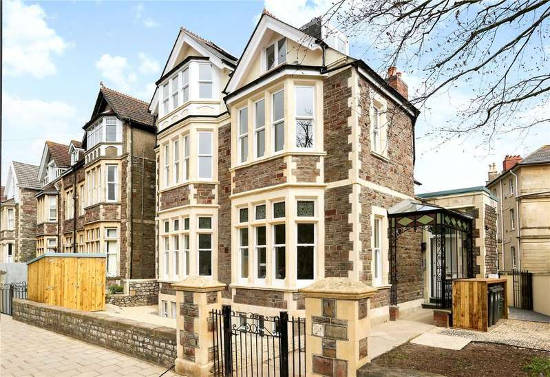 3 Bedrooms Flat for sale in Redland Road, Bristol, BS6