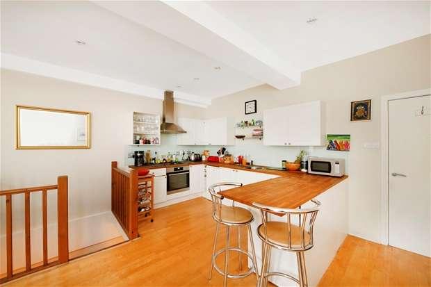 1 Bedroom Flat for sale in East Dulwich Road, Peckham Rye