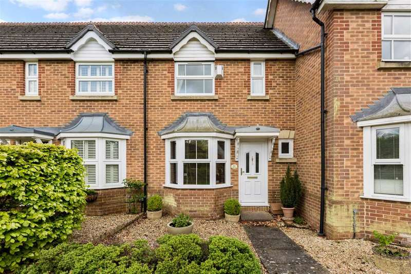 2 Bedrooms Terraced House for sale in Hale End, Bracknell