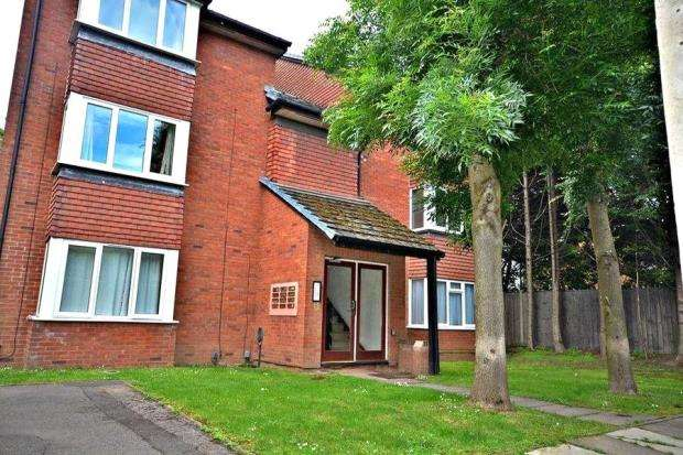 1 Bedroom Apartment Flat for sale in Mead Avenue, Slough, SL3 8JE