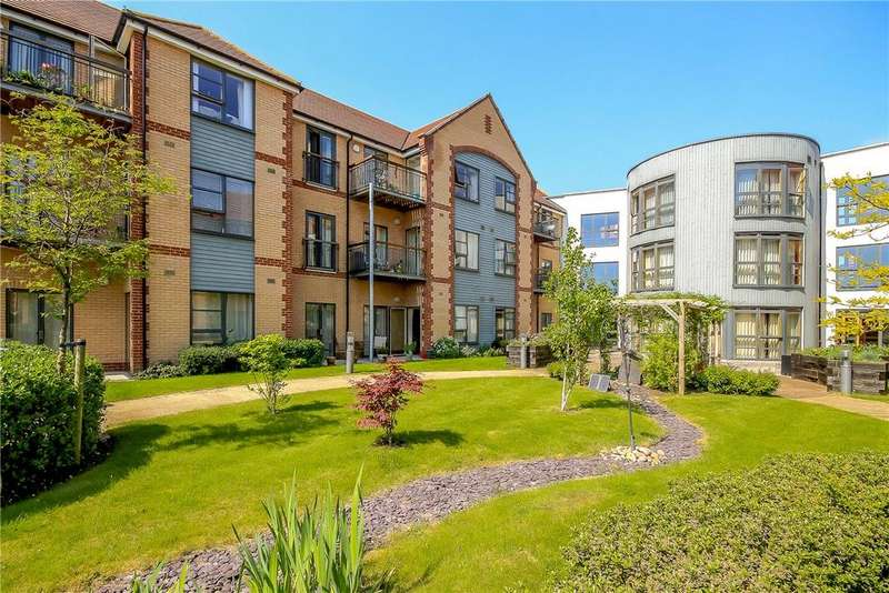 2 Bedrooms Apartment Flat for sale in Abbeyfield, Wellbrook Way, Girton, Cambridge, CB3