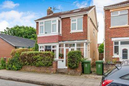 4 Bedrooms Detached House for sale in Portsmouth, Hampshire, United Kingdom
