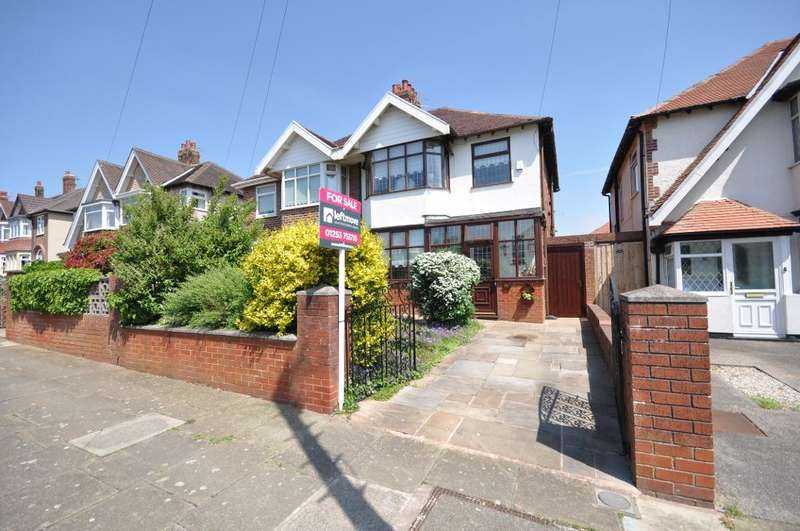3 Bedrooms Semi Detached House for sale in Links Road, Blackpool, Lancashire, FY1 2RU