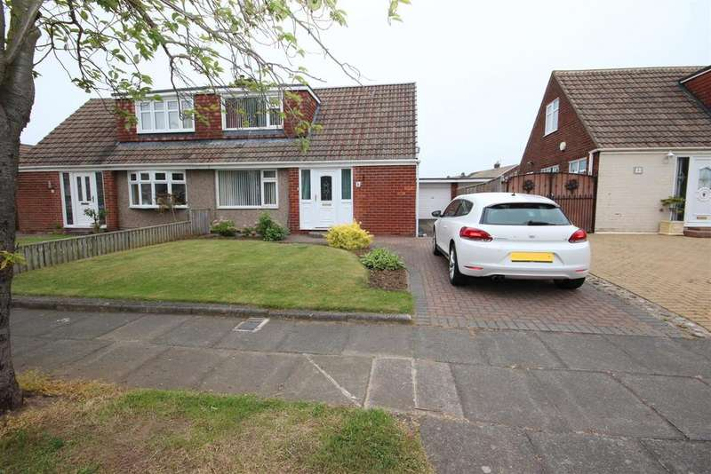 2 Bedrooms Semi Detached Bungalow for sale in Cranwell Road, Fens, Hartlepool