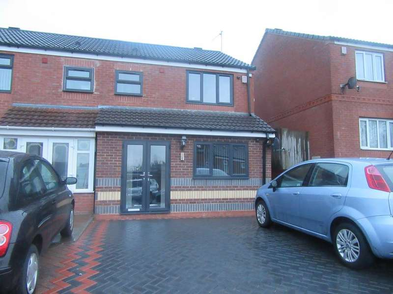 4 Bedrooms Semi Detached House for sale in Hutton Road, Washwood Heath, Birmingham B8