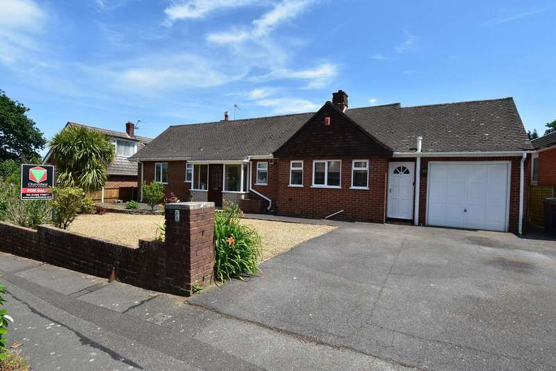 3 Bedrooms Bungalow for sale in Ferncroft Road, Bournemouth, Dorset