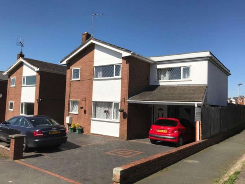 4 Bedrooms Detached House for sale in Briar Drive, Buckley, Flintshire. CH7 2AW