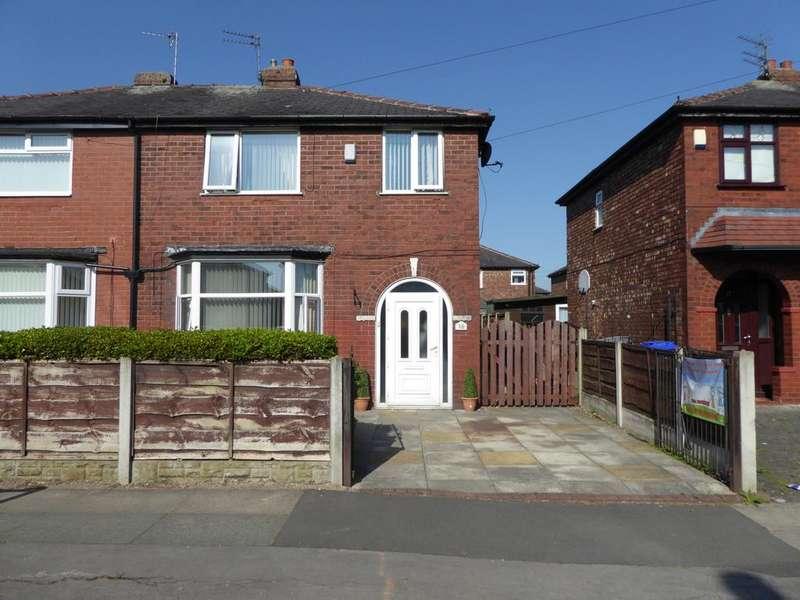 3 Bedrooms Semi Detached House for sale in Scott Road, Droylsden, M43