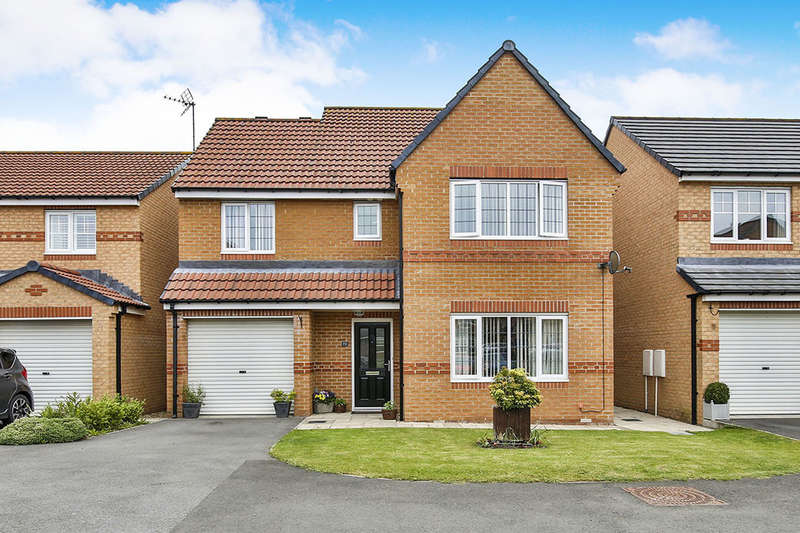 4 Bedrooms Detached House for sale in Cloverhill Court, Stanley, DH9