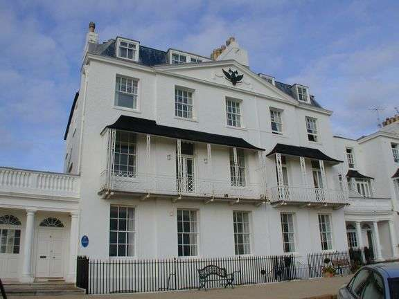 3 Bedrooms Flat for sale in Fortfield Terrace, Sidmouth