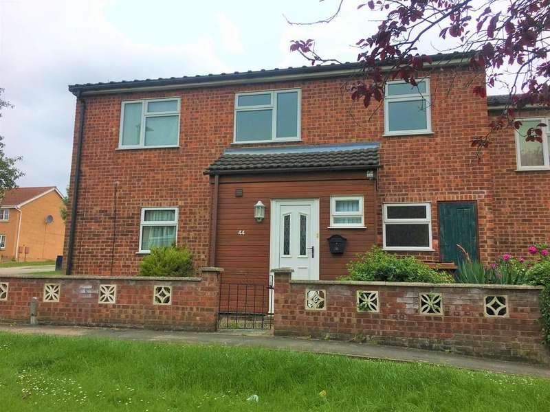3 Bedrooms Semi Detached House for sale in Blenheim Walk, Melton Mowbray