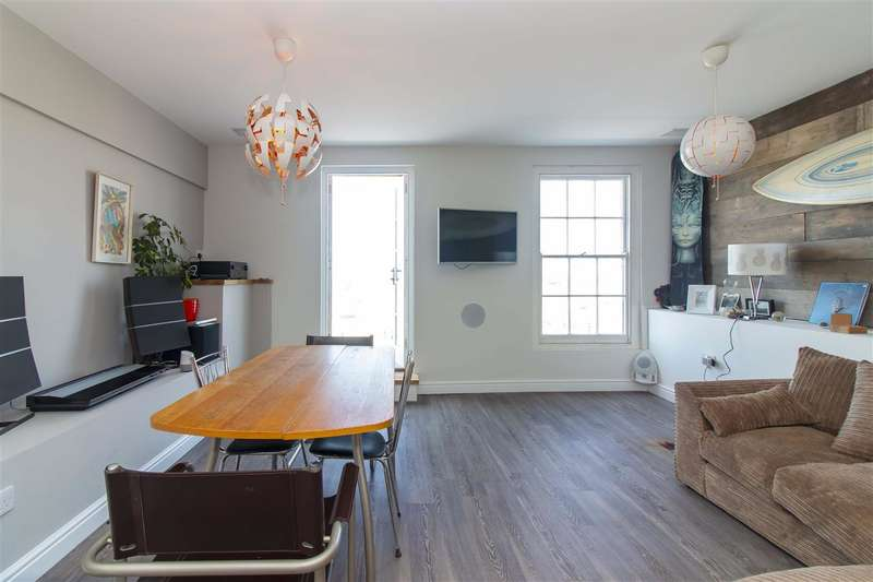 3 Bedrooms Town House for sale in Marine Terrace, Margate