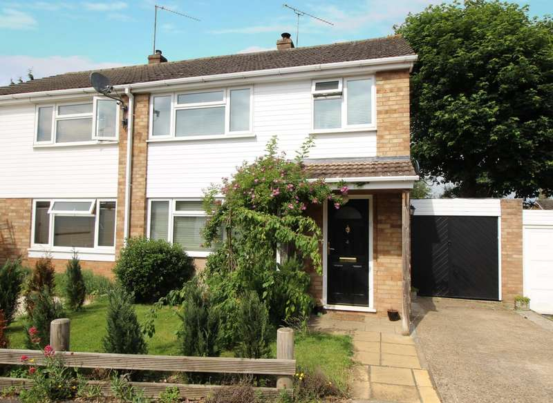 3 Bedrooms Semi Detached House for sale in Lea Road, Sonning Common, RG4