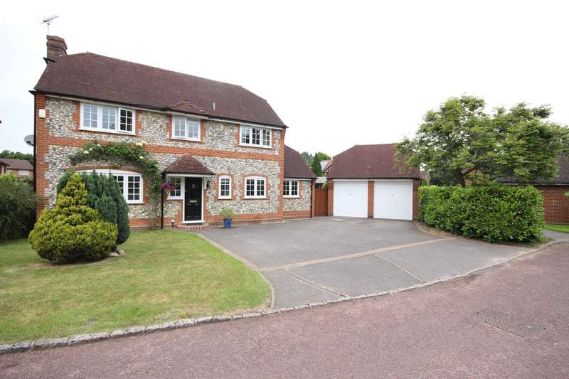 4 Bedrooms Detached House for sale in Buckhurst Hill, Bracknell