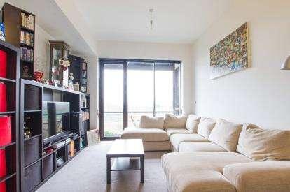 1 Bedroom Flat for sale in Lakeshore, Lake Shore Drive, Bristol
