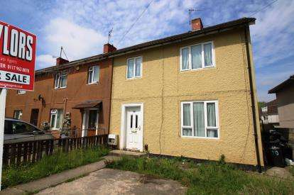 3 Bedrooms House for sale in Mowcroft Road, Hartcliffe, Bristol, United Kingdom