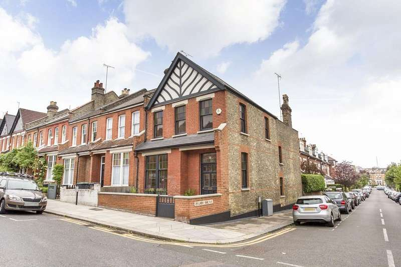 3 Bedrooms Property for sale in Landrock Road, Crouch End, London, N8