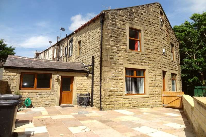 2 Bedrooms Terraced House for sale in Curzon Street, Colne, BB8