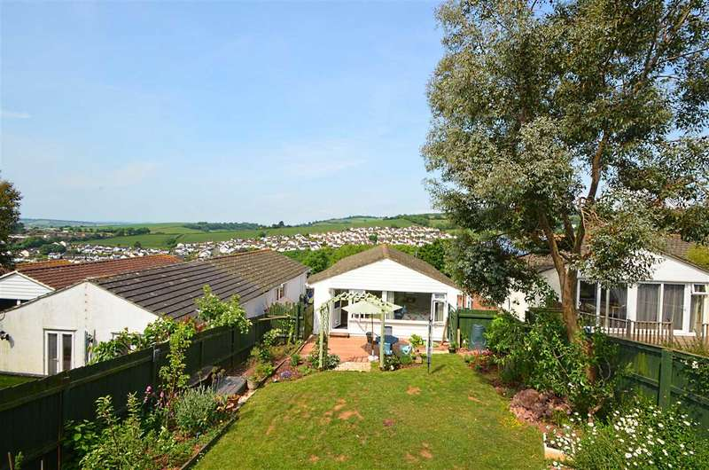 3 Bedrooms Bungalow for sale in Pellew Way, Teignmouth